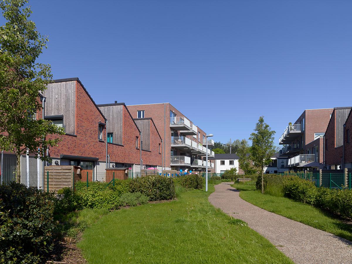 Header image: St-Hubert