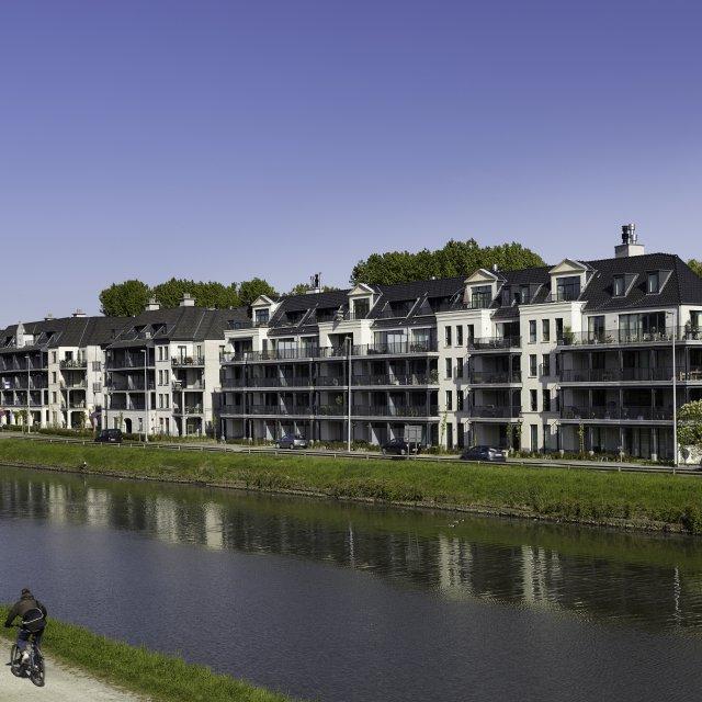 Header image: Rivierenhof